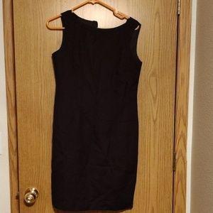Jessica Howard Pleated black dress size 6